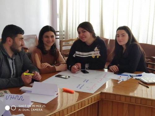Active young people in Hrazdan look for the ways of solving community problems